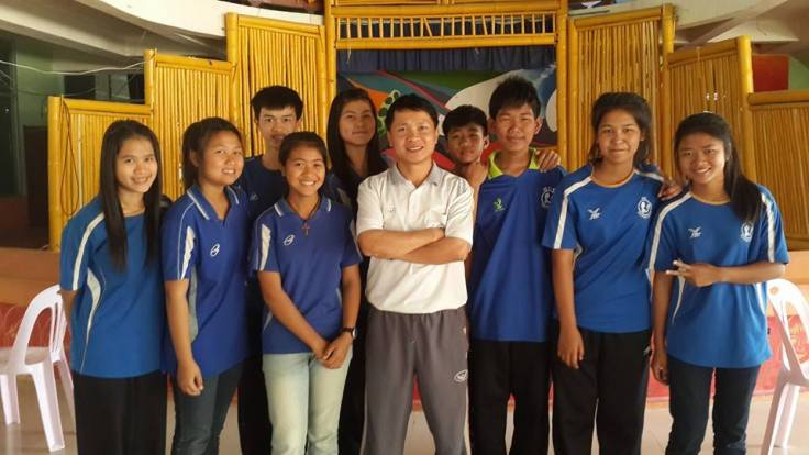 Our G6 students of 2014 and Kruu Somboon, one of the HDS teachers