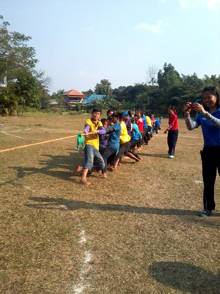 Tug-of-war during HDS Sports Day 2015.