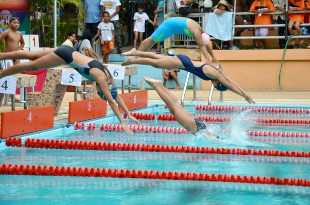 Swimming competition at DEPDC's Mae Chan Shelter